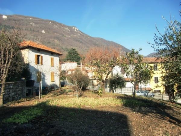 Soluzione Indipendente in vendita a Ponte Lambro, 4 locali, prezzo € 300.000 | Cambio Casa.it
