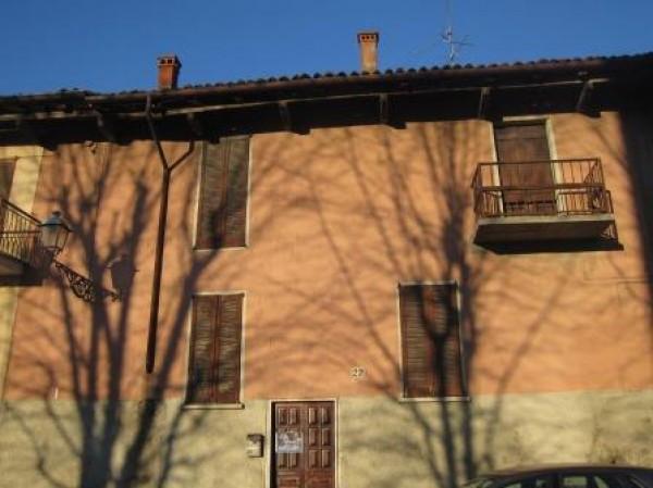 Soluzione Indipendente in vendita a San Colombano al Lambro, 4 locali, prezzo € 165.000 | Cambio Casa.it