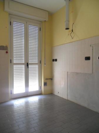Bilocale Lecco Via Don Lorenzo Perosi 8