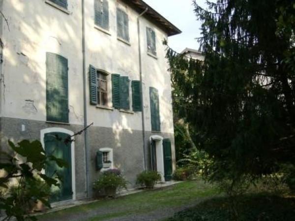 Appartamento in affitto a Quattro Castella, 6 locali, prezzo € 650 | Cambio Casa.it