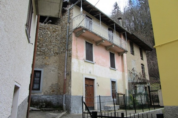 Soluzione Indipendente in vendita a Costa Serina, 5 locali, prezzo € 18.900 | Cambio Casa.it