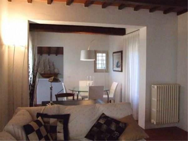 Rustico / Casale in vendita a Carmignano, 6 locali, Trattative riservate | CambioCasa.it