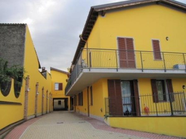 Appartamento in affitto a Borghetto Lodigiano, 3 locali, prezzo € 500 | Cambio Casa.it