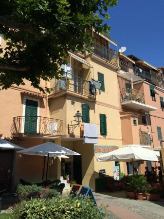 Bilocale San Lorenzo al Mare Via Aurelia 10