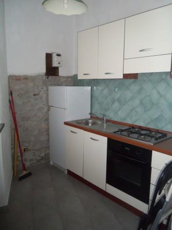 Bilocale Lucca Via Lorenzo Viani 2