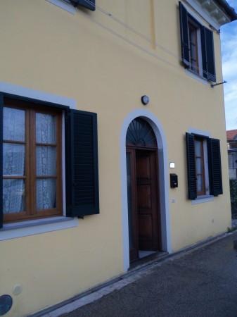 Bilocale Lucca Via Lorenzo Viani 8