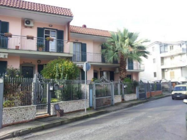 Villa a Schiera in vendita a Acerra, 6 locali, prezzo € 280.000   Cambiocasa.it