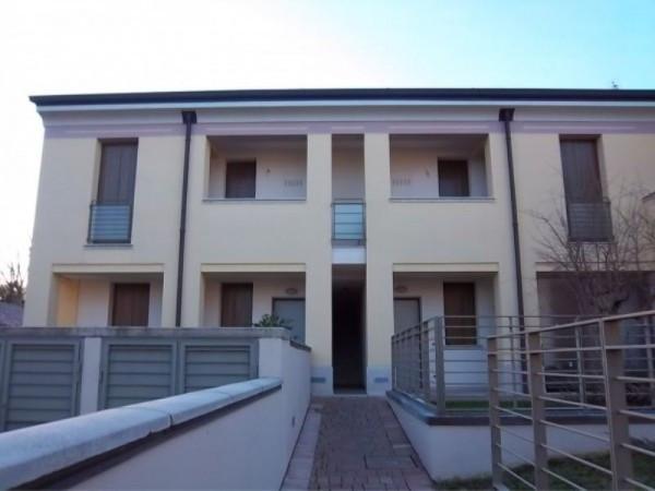 Bilocale Castelvetro Piacentino Via Pomello 2