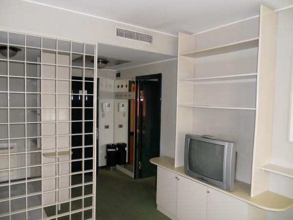Bilocale Genova Corte Lambruschini 2