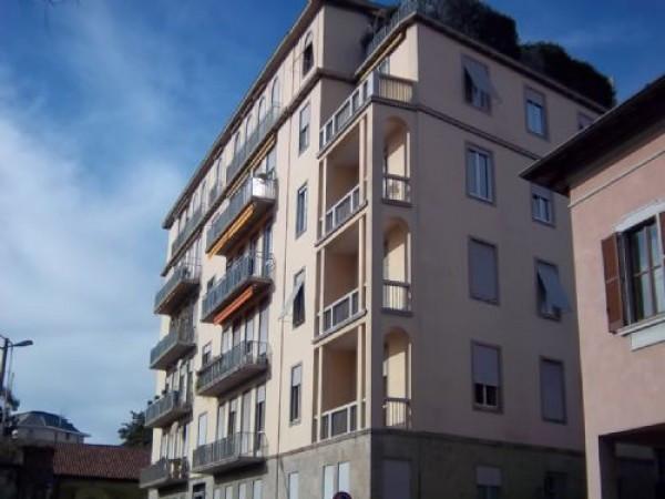 Ufficio / Studio in affitto a Busto Arsizio, 4 locali, prezzo € 900 | Cambio Casa.it