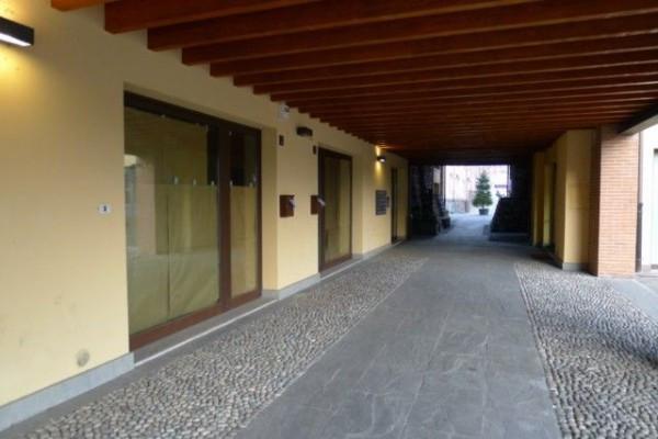 Negozio / Locale in vendita a Sarezzo, 1 locali, prezzo € 250.000 | Cambio Casa.it