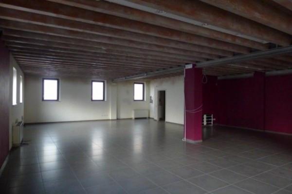 Negozio / Locale in vendita a Sarezzo, 1 locali, prezzo € 335.000 | Cambio Casa.it