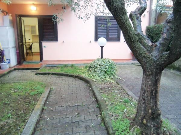 Bilocale Lucca Via Sandei Felino 1