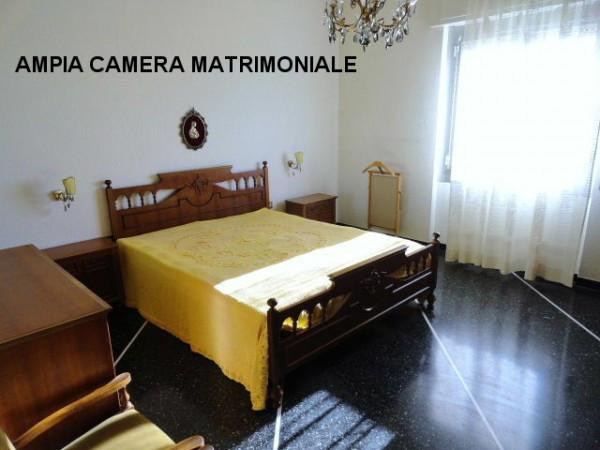 Bilocale Genova Via Gian Battista Gaulli 6