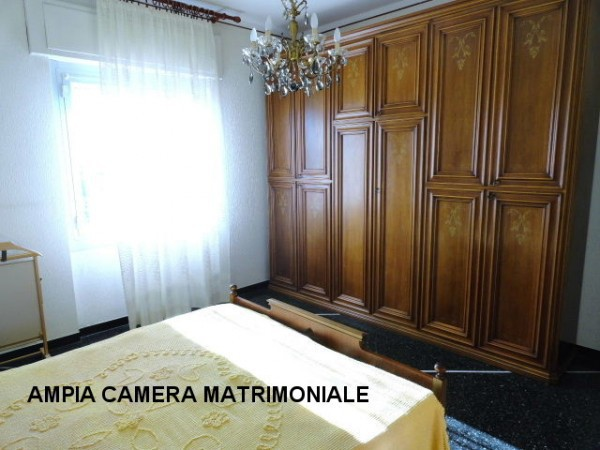 Bilocale Genova Via Gian Battista Gaulli 7