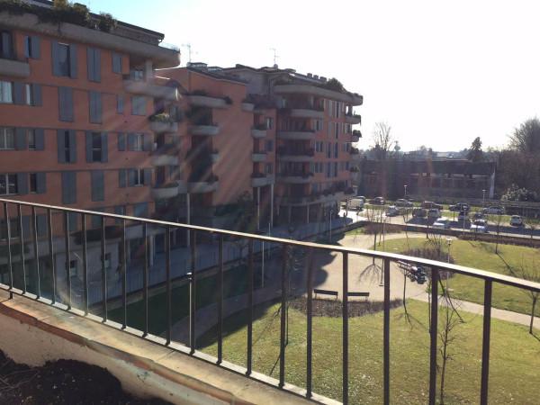 Bilocale Milano Via Olgettina 10