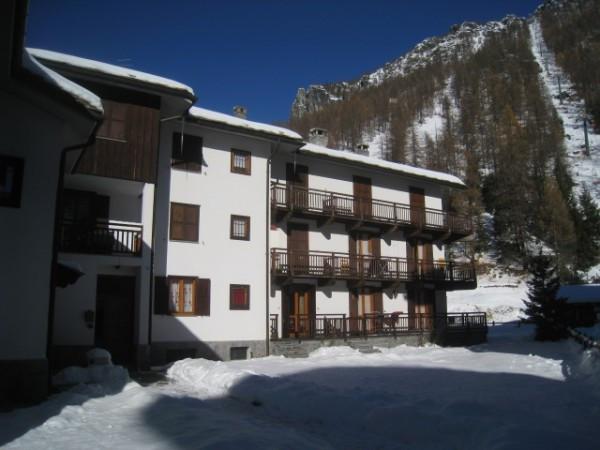 Appartamento in vendita a Gressoney-la-Trinitè, 3 locali, prezzo € 340.000 | Cambio Casa.it