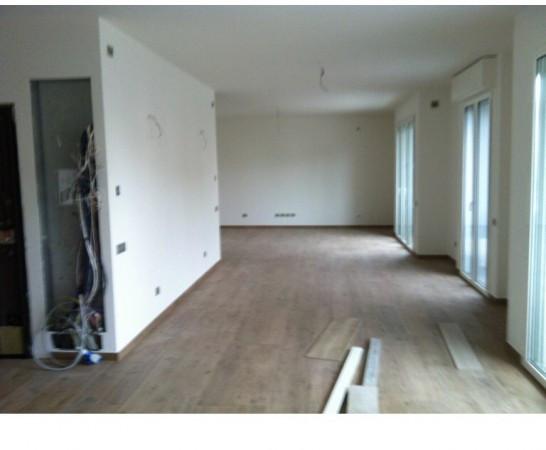 Appartamento in Vendita a Ravenna Semicentro: 5 locali, 200 mq