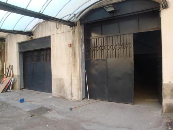 Magazzino in Affitto a Catania Centro: 2 locali, 1300 mq