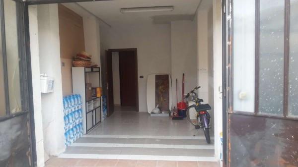 Bilocale None Via Santorre Di Santarosa 10
