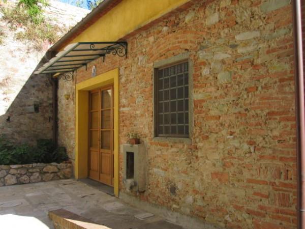 Soluzione Indipendente in affitto a Vicopisano, 9999 locali, prezzo € 500   CambioCasa.it