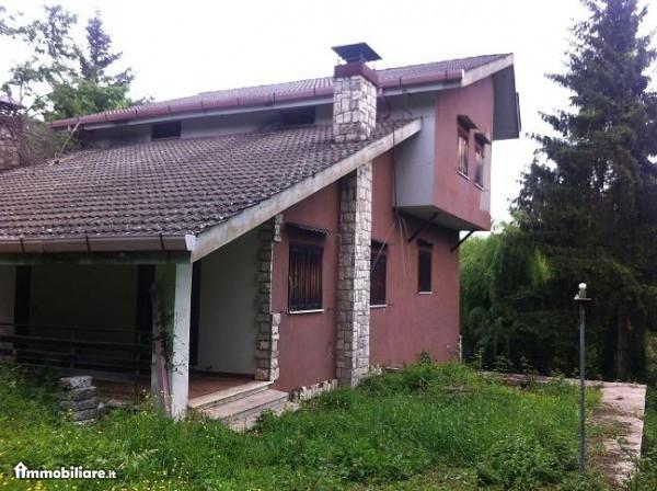Villa in vendita a Arcinazzo Romano, 6 locali, prezzo € 130.000 | Cambio Casa.it