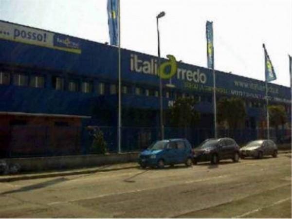 Negozio / Locale in affitto a Cesano Boscone, 1 locali, prezzo € 6.500 | Cambio Casa.it