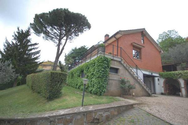 Villa in vendita a Monte Porzio Catone, 6 locali, prezzo € 740.000 | Cambio Casa.it