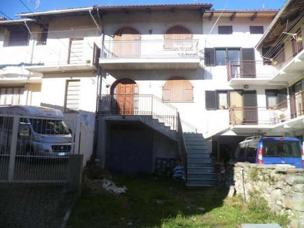 Casa indipendente in Vendita a Pecco Centro: 5 locali, 110 mq