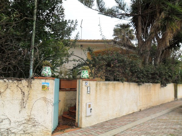 Villa in affitto a Ribera, 5 locali, Trattative riservate | CambioCasa.it