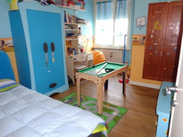 Appartamento in vendita a Pesaro, 3 locali, prezzo € 210.000 | Cambio Casa.it