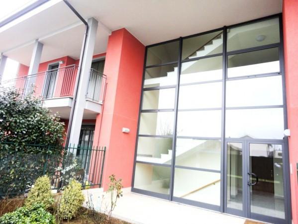 Appartamento in vendita a Cornate d'Adda, 3 locali, prezzo € 150.000 | Cambio Casa.it