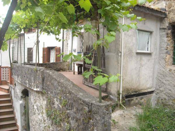 Soluzione Indipendente in vendita a Sesta Godano, 6 locali, prezzo € 50.000 | Cambio Casa.it