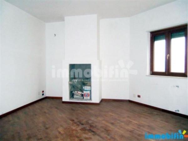 Appartamento in vendita a Oria, 4 locali, prezzo € 145.000 | Cambio Casa.it