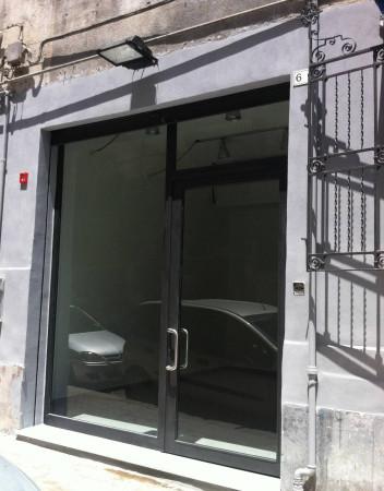 Negozio-locale in Vendita a Palermo Centro: 1 locali, 75 mq
