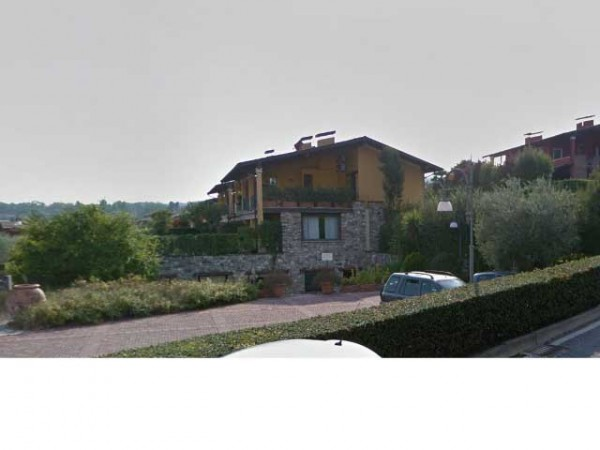 Villa a Schiera in vendita a Padenghe sul Garda, 3 locali, prezzo € 140.000 | CambioCasa.it