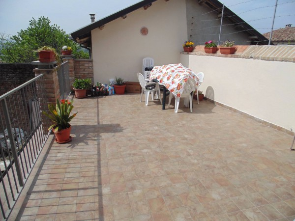 Soluzione Indipendente in vendita a Castagnole delle Lanze, 6 locali, prezzo € 126.000 | Cambio Casa.it