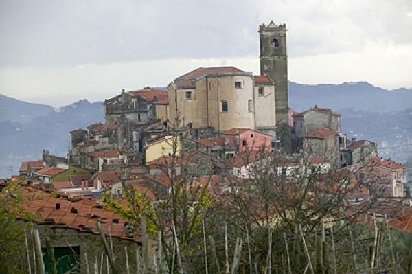 Bilocale Santo Stefano di Magra Via Cisa Sud 1