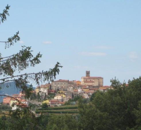 Bilocale Santo Stefano di Magra Via Cisa Sud 2