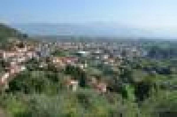 Bilocale Santo Stefano di Magra Via Cisa Sud 9