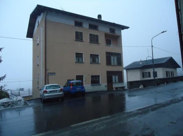 Appartamento in vendita a Edolo, 6 locali, prezzo € 96.000 | Cambio Casa.it
