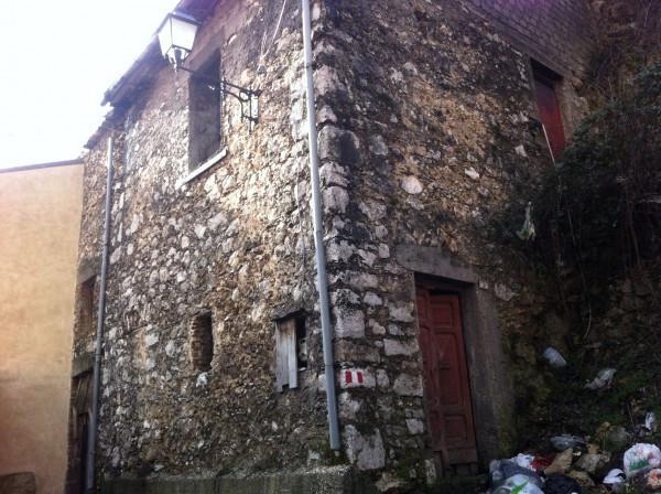 Rustico / Casale in vendita a Capistrello, 3 locali, prezzo € 3.000 | Cambio Casa.it