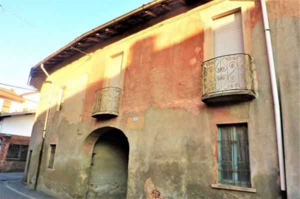 Rustico / Casale in vendita a Gallarate, 6 locali, prezzo € 80.000   Cambio Casa.it