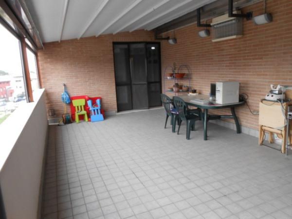 Appartamento in vendita a Pesaro, 4 locali, prezzo € 270.000 | Cambio Casa.it
