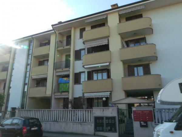 Appartamento in vendita a Trecate, 3 locali, prezzo € 100.000 | Cambio Casa.it