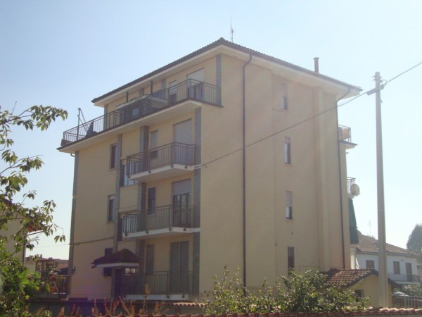 Bilocale Santena Via Trento E Trieste 2
