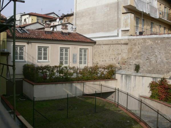 Bilocale Rivoli Via Felisio 9