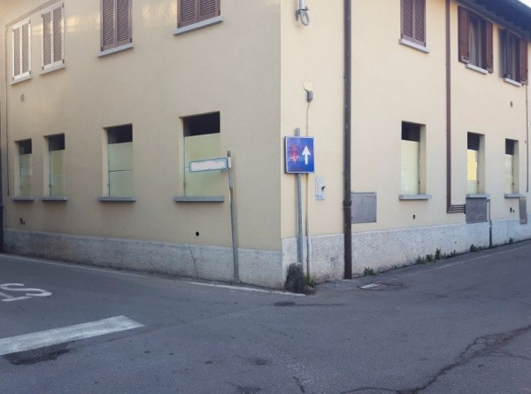 Appartamento in vendita a Cadorago, 3 locali, prezzo € 112.000 | Cambio Casa.it
