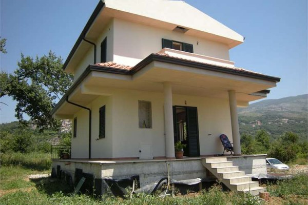 Villa in vendita a Ausonia, 5 locali, prezzo € 245.000 | Cambio Casa.it