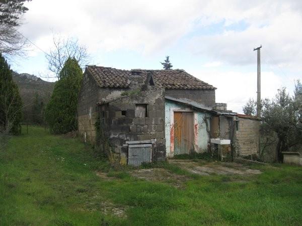 Rustico / Casale in vendita a Piana di Monte Verna, 1 locali, prezzo € 90.000 | Cambio Casa.it